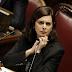 Latina, pubblicano un fotomontaggio che ritrae un Balilla che fa pipì sull'immagine di Laura Boldrini: dieci denunciati dalla polizia postale