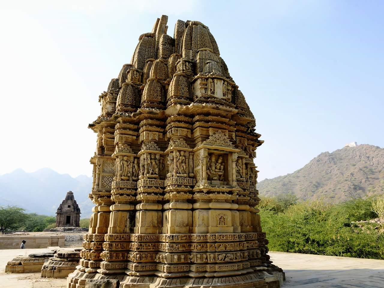 एक मंदिर जहां कदम रखते ही लोग पत्थर के बन जाते है । A Temple Where People Step into Stone