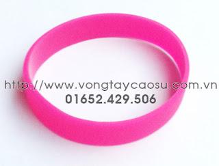 Vòng tay trơn màu hồng