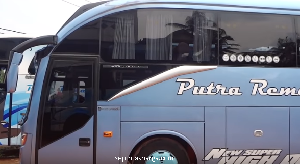 Bus Putra Remaja
