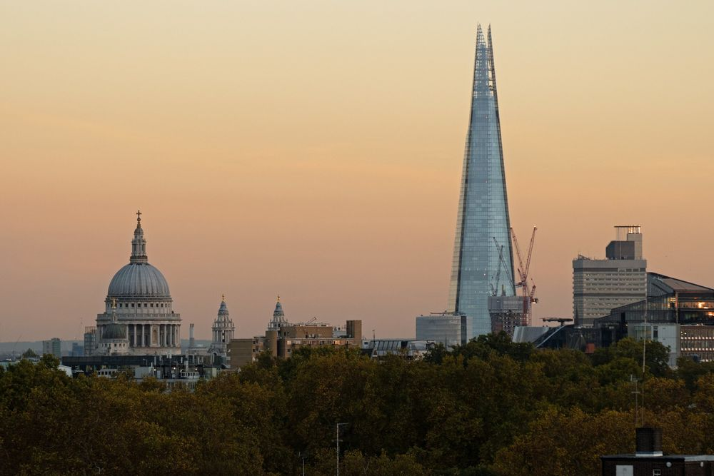 St Paul's Cathedral and The Shard.