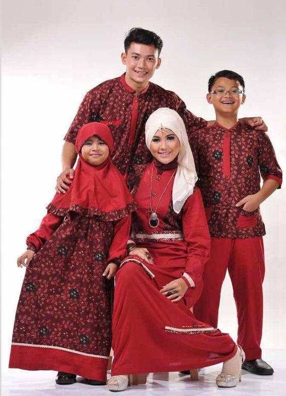 10 Model Baju Muslim Sekeluarga Couple Modern Terbaru 2017