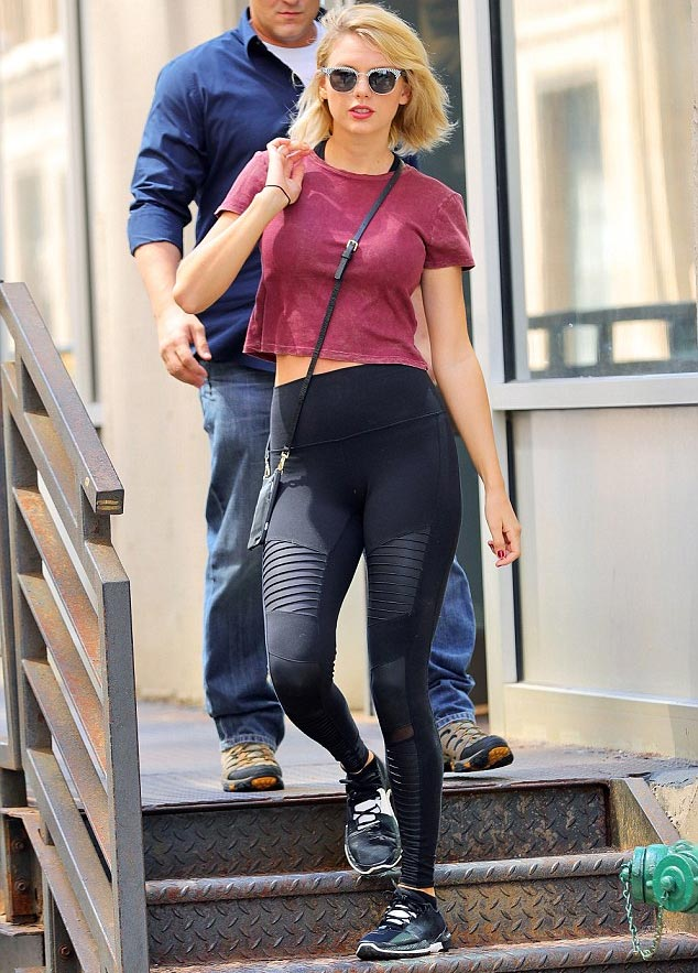Taylor Swift's sudden full chest wows social media as singer steps out in New York