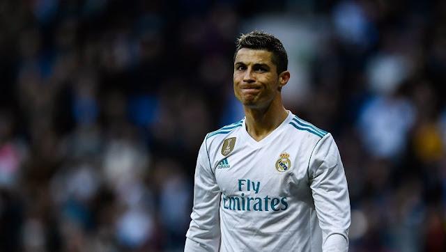 Cristiano Ronaldo répond à la rumeur l'envoyant au PSG