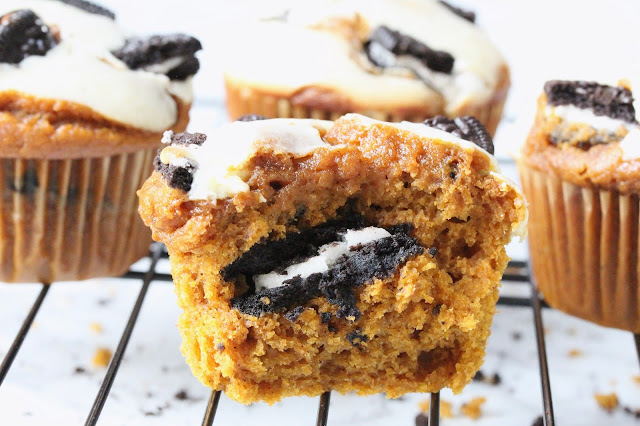 Pumpkin Oreo Muffins with Cream Cheese