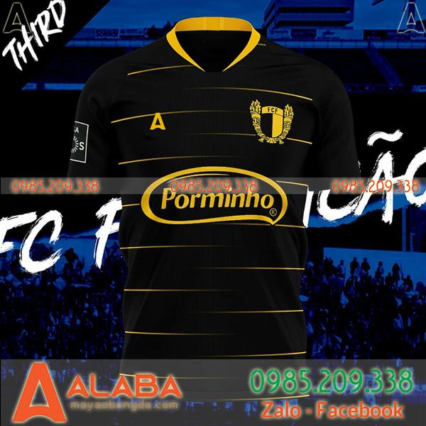 Áo bóng đá màu đen đặt may theo yêu cầu đẹp