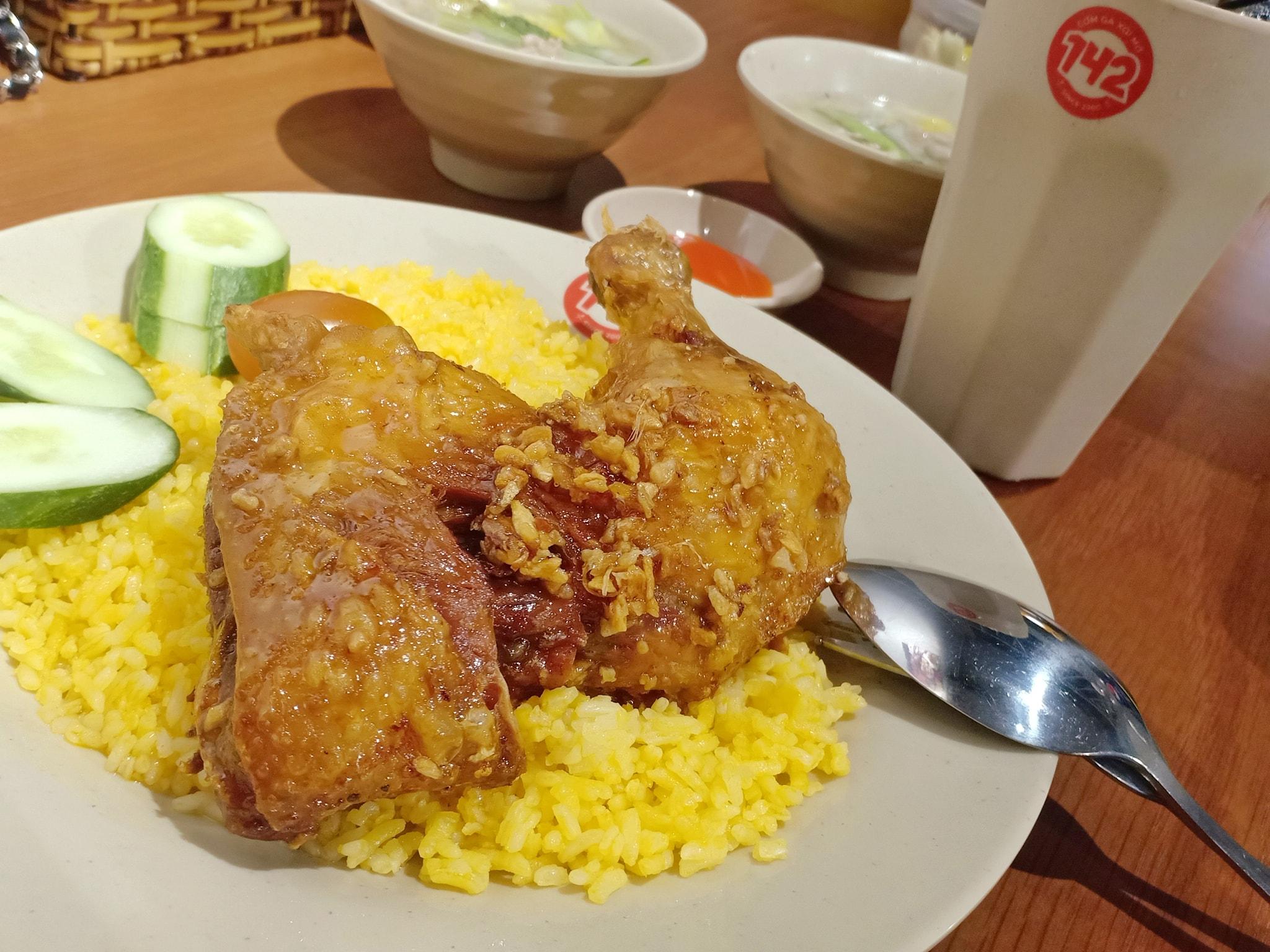 Cơm Gà 142 Quận Tân Phú