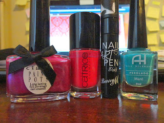 Clothes & Dreams: Arty-farty Mondriaan-ish nail polishes that I used