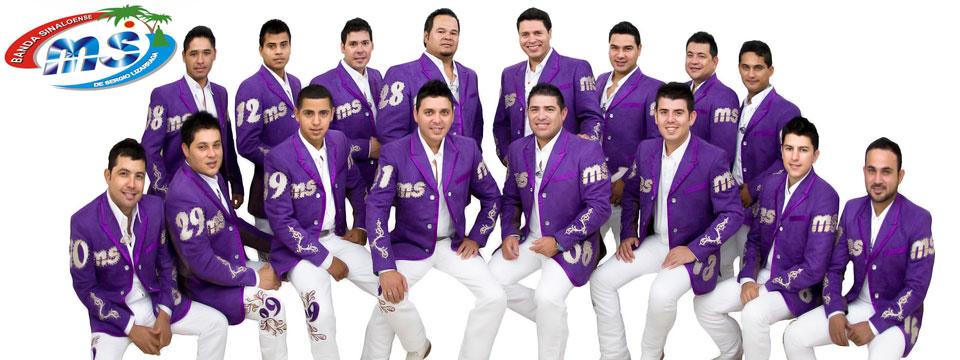 Banda MS todos sus integrantes con Saco Morado y Pantalon Blanco