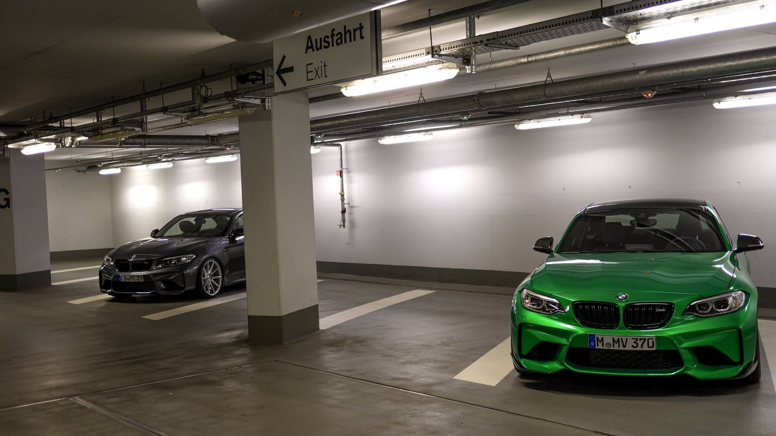 Bmw M2 Gets Poison Green Paintjob Steals Thunder From Mineral Grey