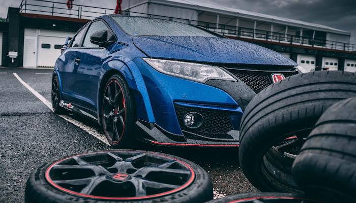 Tipos de desgaste de neumáticos y cómo evitarlos