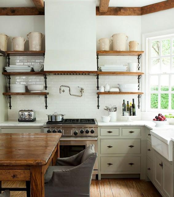 Desain dapur minimalis terbuka di belakang rumah