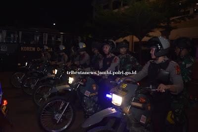 Dalam Rangka Mengamankan Malam Natal, Polda Jambi Gelar Patroli Gabungan Personil TNI-Polri