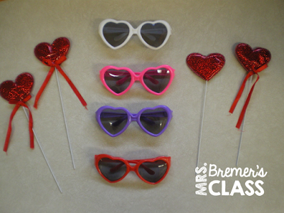 Valentines Day activities for Kindergarten, plus a freebie!