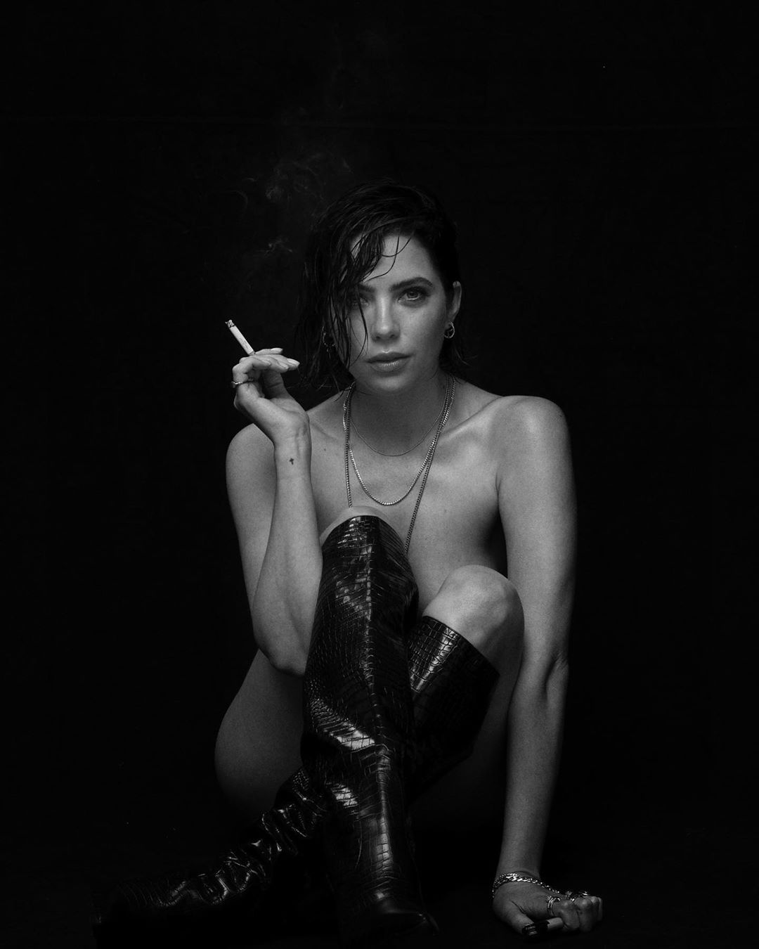 Ashley Benson poses nude in monochrome instagram photo