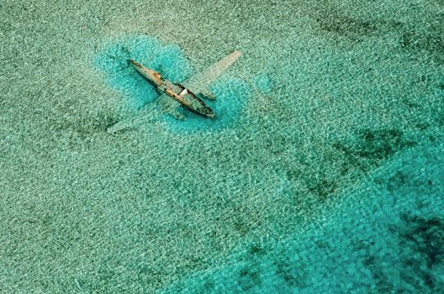 Διαλυμένο αεροπλάνο, Μπαχάμες