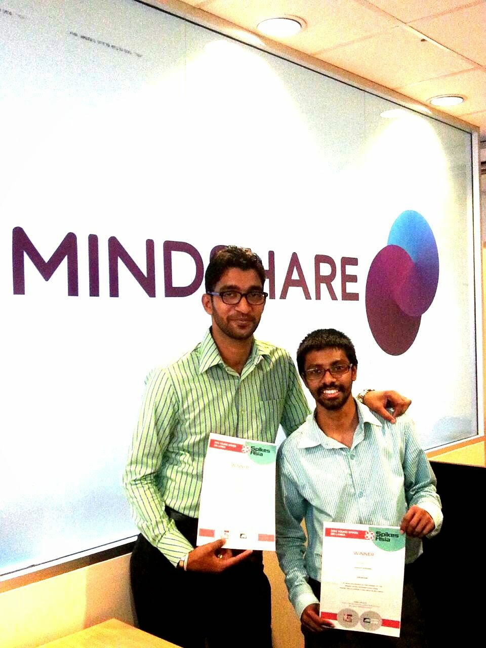 Mindshare's Supun Hettiarachchi (L) and Seninda Bandara won the Young Spikes Media Competition and will represent Sri Lanka at the Spikes Asia Festival.