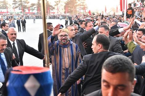 """الملك يدشن سد """"مولاي عبد الرحمان"""" ومشاريع للماء الصالح للشرب"""