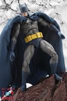 MAFEX Batman (Batman: Hush) 16
