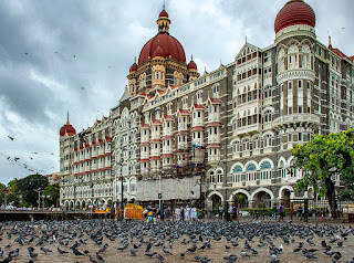 क्या आपको पता है मुम्बई के ताज होटल जमशेद जी टाटा ने बनवाया और क्यू. बनवाया?