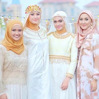 Tips Cantik Pemilihan Gamis untuk Wanita Bertubuh Pendek