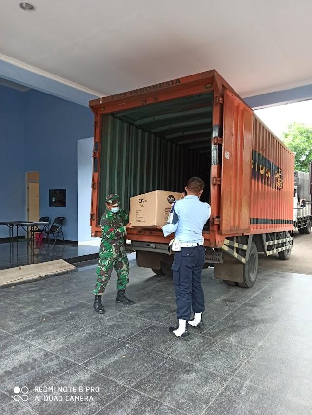 PT.Pos Indonesia Distribusikan  Alat Kesehatan Dari Pusat Krisis Kesehatan Kemenkes RI