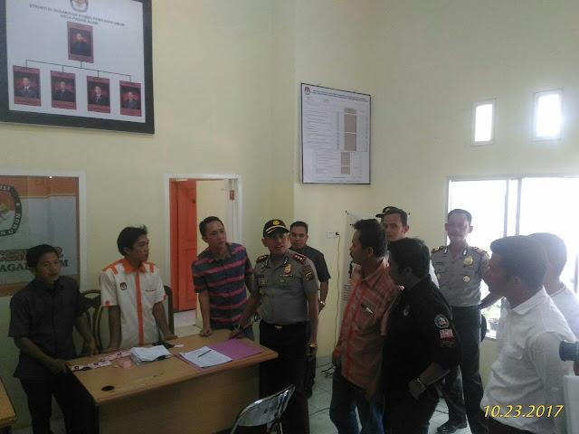 Polisi Seruduk Kantor KPU Pagaralam