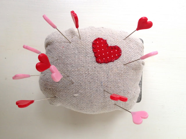 diy loaf pan pincushion