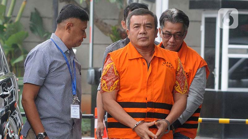 KPK Periksa Dua Tersangka Kasus Suap Bupati Nonaktif Indramayu