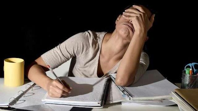 Pesquisa mostra que 72% dos professores enfrentam problemas de saúde mental