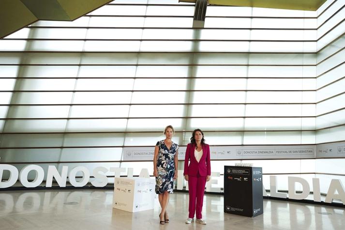 Emmanuelle Bercot y Sidse Babett Knudsen en el Festival de San Sebastián