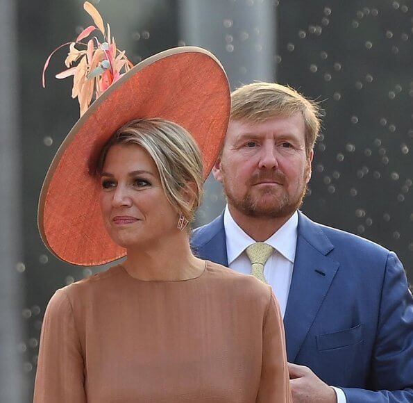 Queen Maxima wore Natan dress at the India-Netherlands Tech Summit. Queen visited the Mughal-era Safdarjung's Tomb in New Delhi