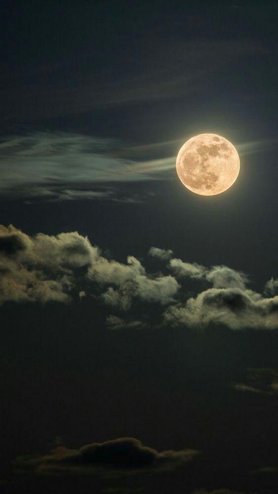 صور للقمر إقرأ خلفيات القمر 6