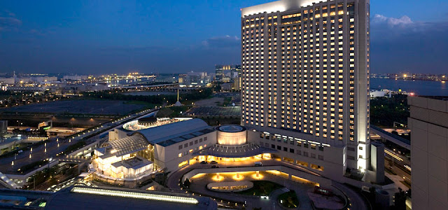 Grand Nikko Tokyo Daiba is a resort hotel, perfect for sightseeing in Odaiba. This hotel features guest rooms with views of Rainbow Bridge and Palette Town.