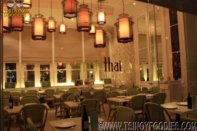 Thai Restaurant Decor