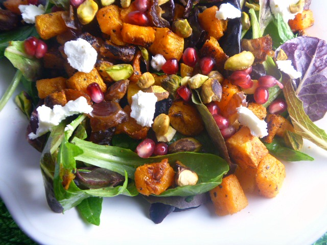 Spicy Fall Squash Salad:  The perfect autumn salad full of sweet and spicy flavors that totally compliment each other. - Slice of Southern