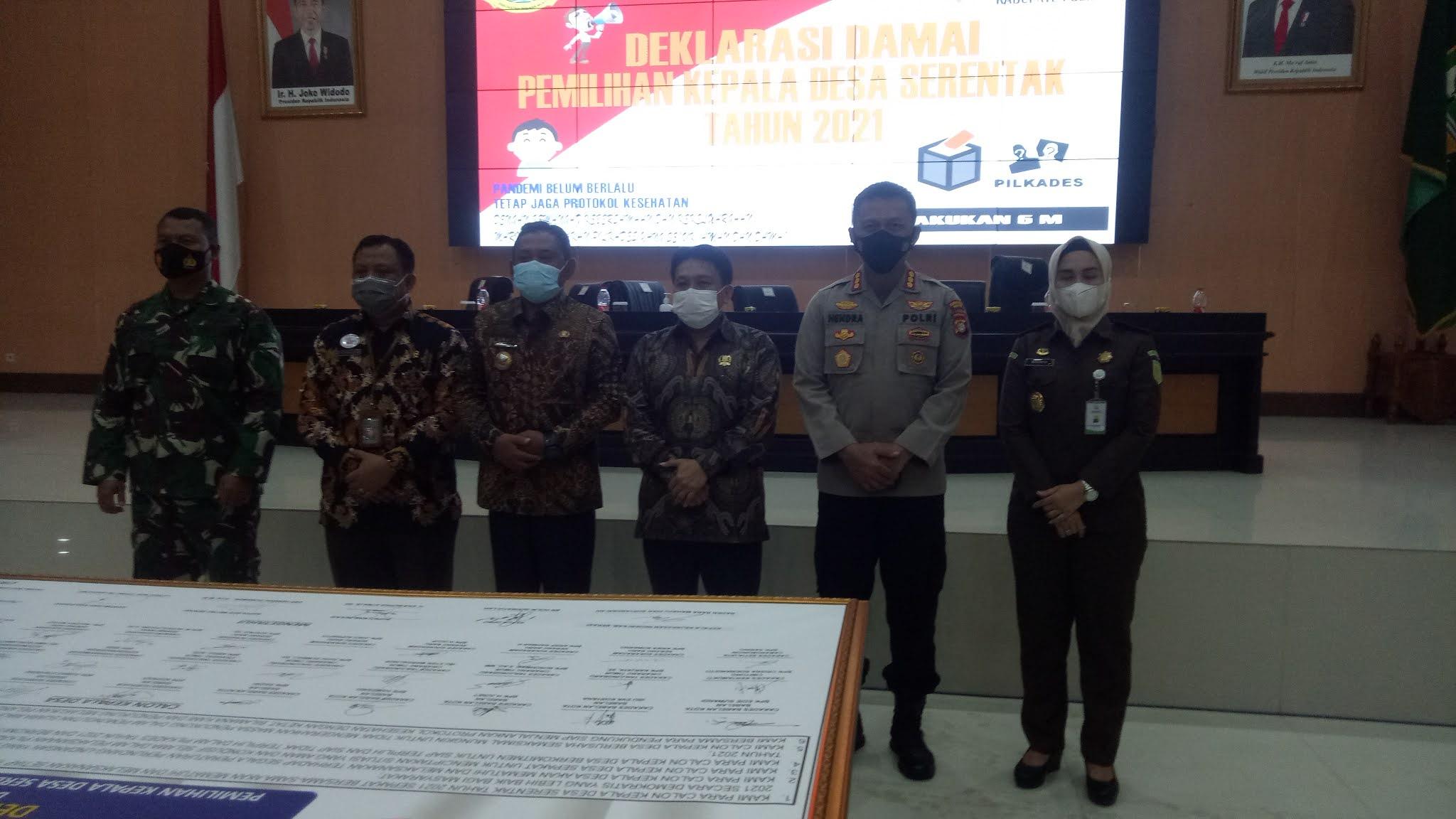 33 Calon Kades di Kabupaten Bekasi Tanda Tangani Deklarasi Damai