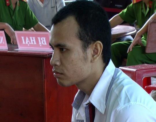 Đào Văn Thắng tại phiên xét xử lưu động.