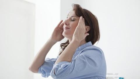 Vizsgálatok bizonyítják: erőt ad az érintés és a simogatás a nehéz időszakokban