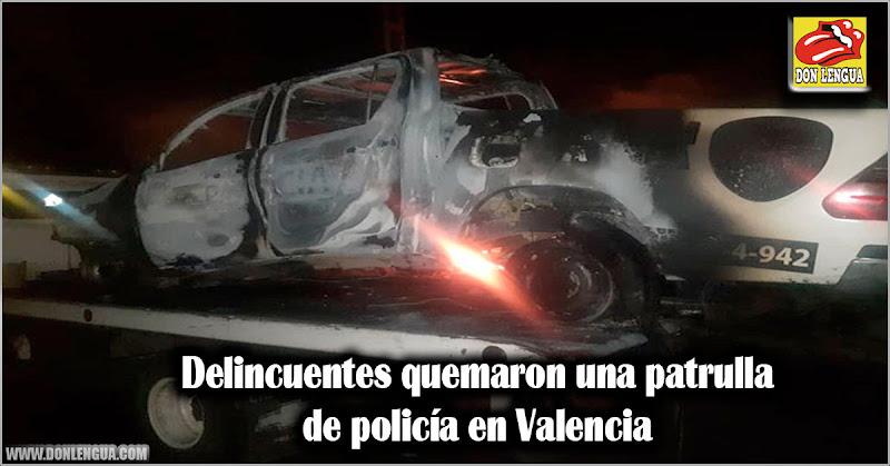 Delincuentes quemaron una patrulla de policía en Valencia