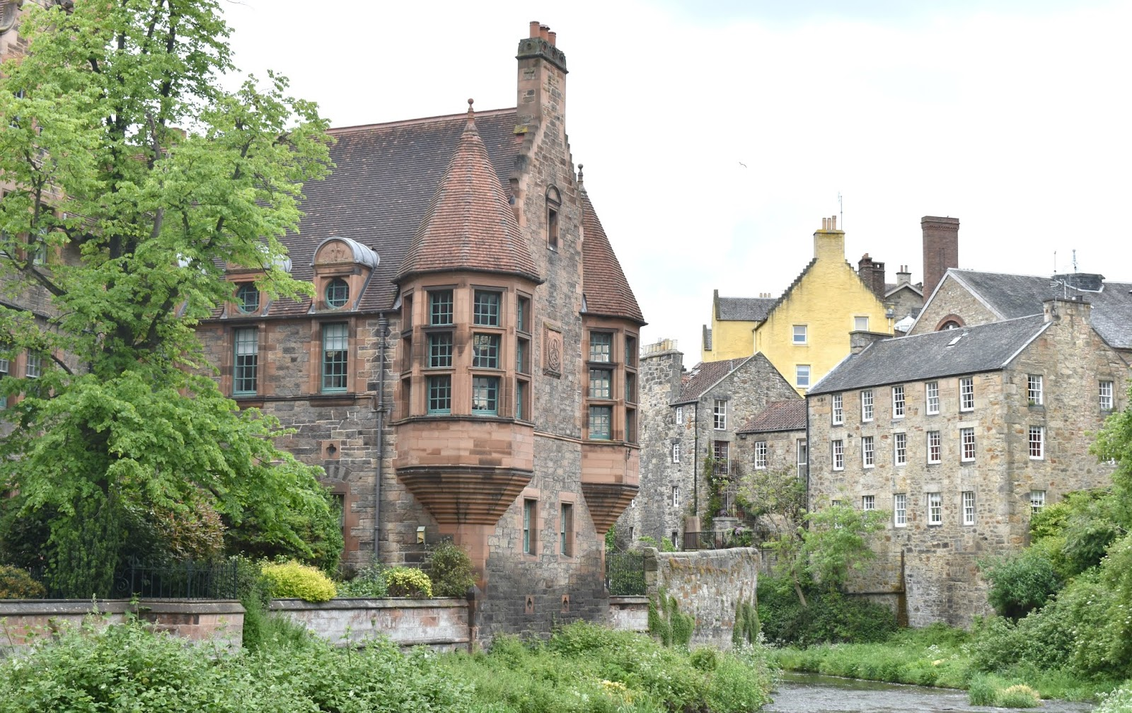 Alternative Weekend in Edinburgh - Water of Leith Dean Village