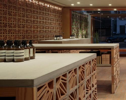 Tinuku.com Campana studio use coster cobogó terracotta bricks design for Aesop store in São Paulo