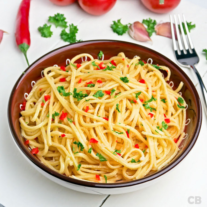 Recept Spaghetti met knoflook, pepertjes en peterselie