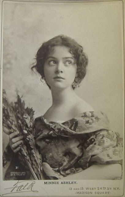 foto perempuan paling cantik di jaman dahulu