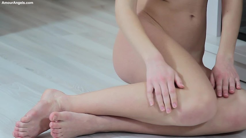 [AmourAngels] Selina - Delicious Girl 1499493677_delicious-girl-selina-by-volter-video