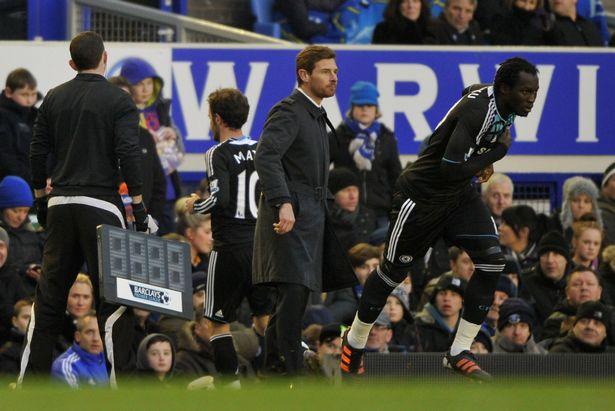 Romelu Lukaku dit qu'il ne «pardonnera jamais» l'ancien manager de Chelsea Andre Villas-Boas