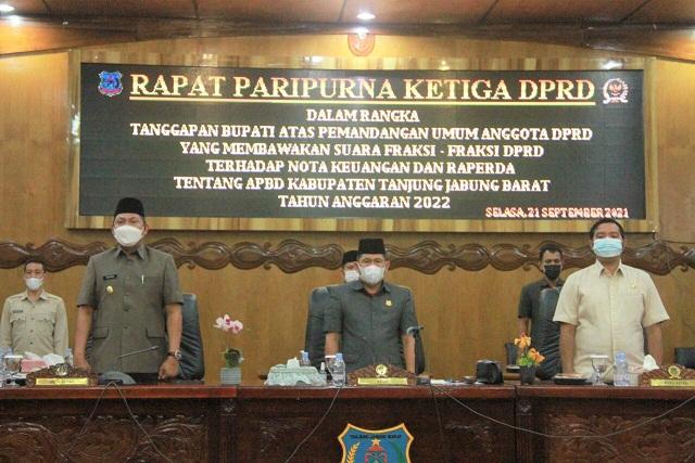 Wabup Tanjabbar Hadiri Rapat Paripurna Ke-III DPRD Penyampaian Tanggapan Bupati