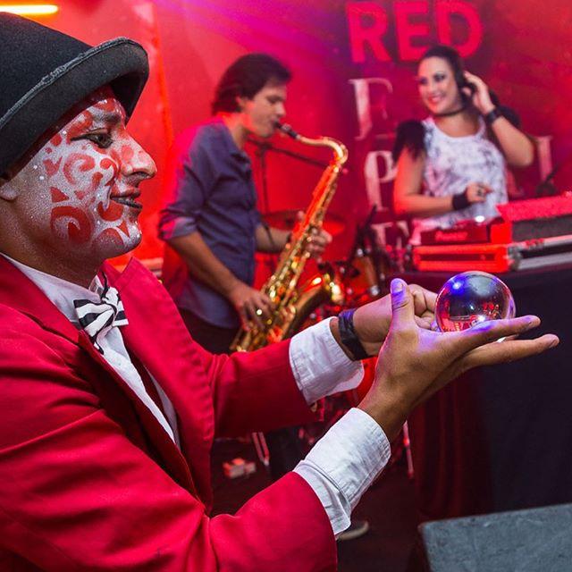 Atrações circenses de Humor e Circo Produtora para eventos em Salvador BA
