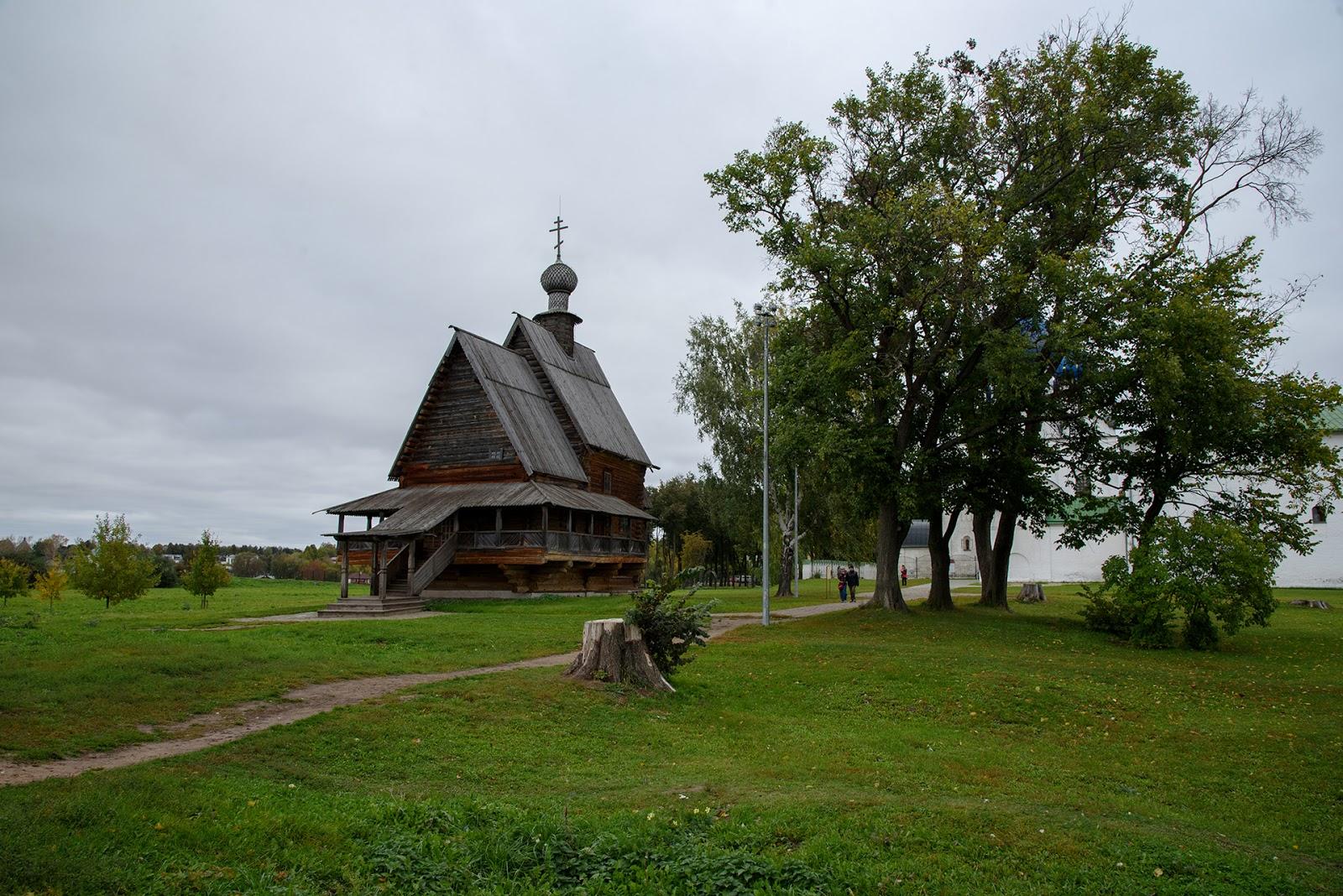Никольская деревянная церковь в Суздале