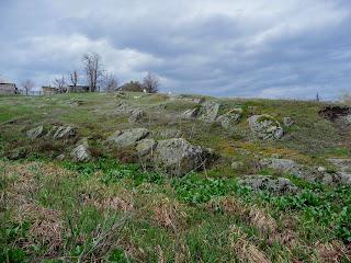 Бобринец. Сад камней на берегах  Бобринки